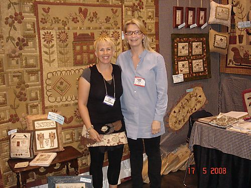 Kathrine and Lynette booth2017