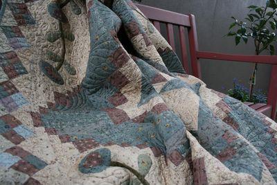 Secret garden quilt1