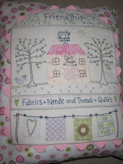 Sandra Quilt Shoppe Pillow