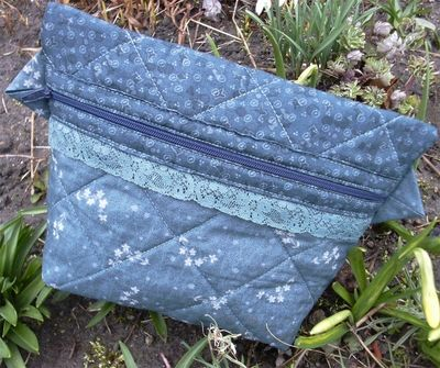 Hollyhock purse