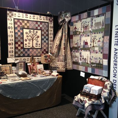 Lynettes booth