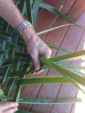 how to make things from palm leaves