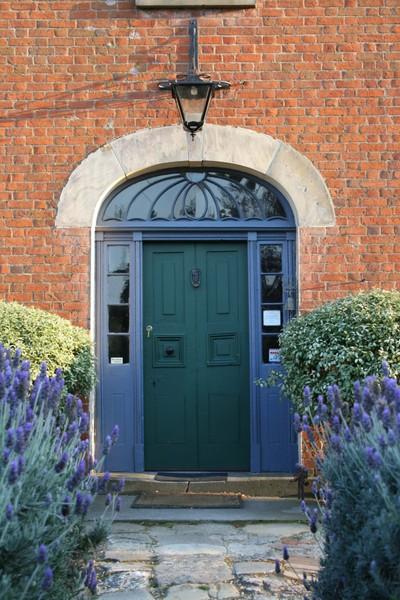Mrs_curries_door